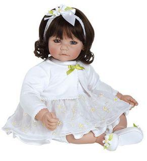 White Daisies Vinyl Girl Toddler 20 New 2012 Brown Hair Brown Eyes