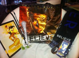 JUSTIN BIEBER BELIEVE TOUR VIP PACKAGE   BAG, SCARF, CLEAR MICROPHONE