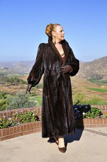 LUXURIOUS FAB FULL LENGTH CLASSIC MAHOGANY MINK FUR COAT, PERFECT