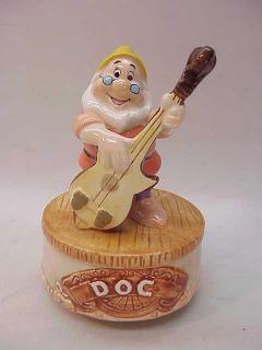 disney schmid snow white music box figurine doc dwarfs time