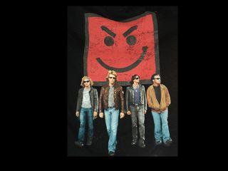 TSHIRT BON JOVI  Pre owned Small Pop Rock Concert Tshirt T Shirt Tee