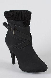 NIB Womens Wild Rose Rana Black Pointy Toe Ankle Boots Size 7