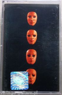 PINK FLOYD   THE WALL LIVE 1980 1981Brand NEW Double Set Box Cassette