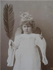 Cute Little Girl Pleated Fashion Fairy Angel w Wings Old CDV Photo