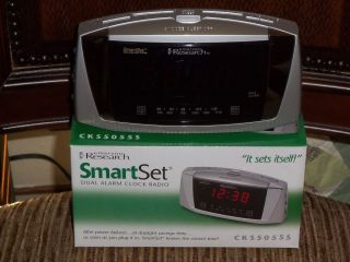 Emerson Research SmartSet Dual Alarm Clock Radio  (New)