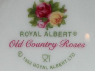 ROYAL ALBERT OLD COUNTRY ROSES Fine China Tea For One 4 Pc. Set
