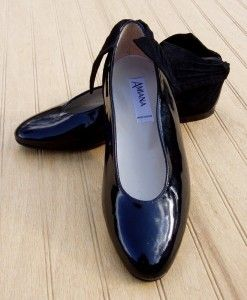 NEW Euro Boutique AMIANA Black Patent Leather Shoes 2