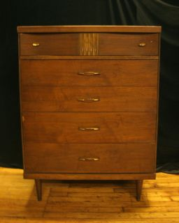 ... Vintage Mid Century Bassett Furniture Co High Dresser ...