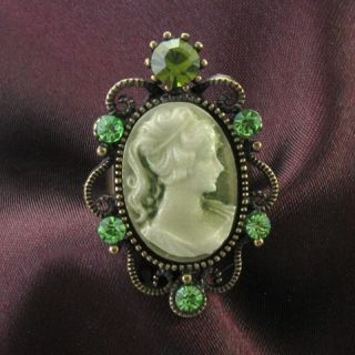 Antique Gold Vintage Style CAMEO Ring Lady Emerald Green Stone Crystal