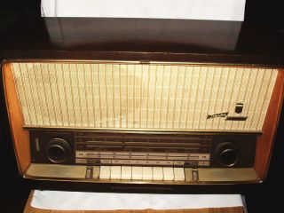 Vintage Grundig Tabletop Radio German Made