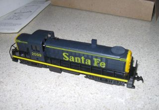 vintage AHM HO train engine locomotive RS 2 diesel switcher Santa Fe