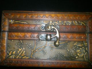 Made Wooden Vintage Jewelry Box Treasure Chest Boxes Detail