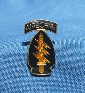 NEW U.S. ARMY AIRBORNE SPECIAL FORCES MILITARY LAPEL HAT PIN