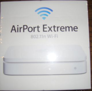 Apple Airport Extreme Base Station MD031LL A 6 75 Mbps 3 Port Wireless