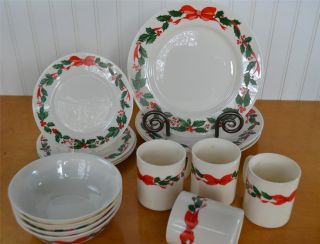 16 Pc Vintage ARCOPAL FRANCE Holly & Bow Christmas/Holiday Dishes