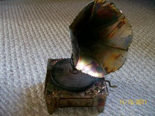 Copper Folk Art Phonograph Music Box Plays Memory