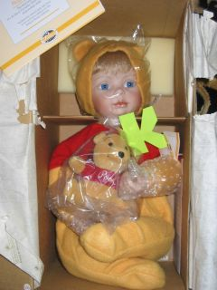Ashton Drake Galleries Disney You Need A Hug Pooh Porcelain Doll New