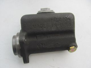 Diamond REO International Brake Master Cylinder Casting FD2704 Wagner