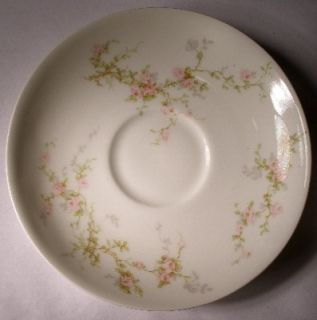 Haviland China Lucille 323 Oval Covered Vegetable Bowl