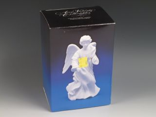 1987 Avon Nativity Collectibles The Standing Angel Figurine