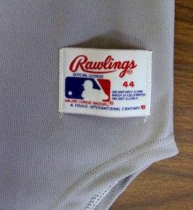 World Series patch and black armband for Commissioner Bart Giamatti