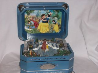 Disneys Snow Whites Dance Music Box from The Ever After Collection