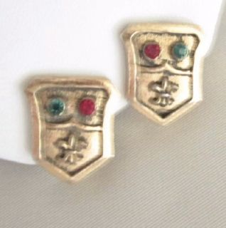 Vtg Barclay Red Green Rhinestone Earrings Fleur de Lis Shield Crest