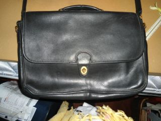 VINTAGE  COACH  Large Black Leather * Briefcase / Laptop