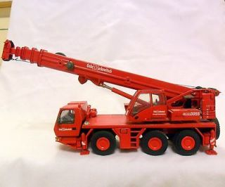 TWH GROVE 3055 GEBRMARKEWITS​CH 3 AXLE MOBILE CRANE 1/50