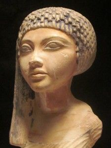 Egyptian statue / sculpture   Akhenaton & Nefertitis daughter. Amarna