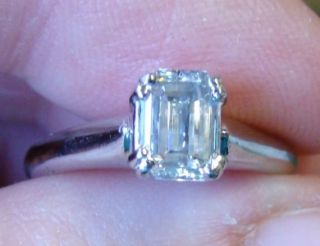 Amazing SI2 H 83 Ct Emerald Cut Diamond Ring Platinum