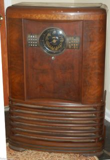 ANTIQUE ,VINTAGE,TUBE RADIO CONSOLE ZENITH Radio Model 9 S 367 Shutter
