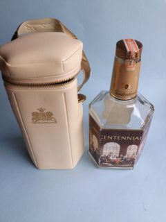 CENTENNIAL RARE OLD CANADIAN WHISKY WHISKEY BOTTLE & CASE VINTAGE