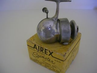 BACHE BROWN SPINSTER VINTAGE FISHING REEL WITH ORIGINAL BOX VERY NICE