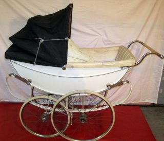Queen Coach Built Pram Vintage Baby Stroller Carriage Buggie