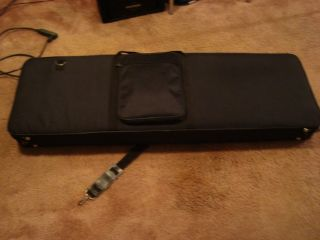 Bass Case Gig Bag Semi Hard Shell Full Scale Form Fitted Fender