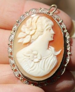 Beautiful Vintage Antique Italian Victorian Carved Cameo Filigree