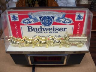 1980 VINTAGE BUDWEISER BEER WORLD CHAMPION CLYDESDALES DIGITAL CLOCK
