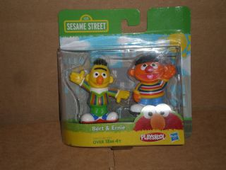 Bert and Ernie figures Sesame Street Playskool & Hasbro 2 pack Sealed
