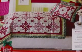 Better Homes Full Queen Bed Christmas Quilt Sham Set Holly Berries