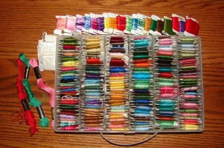 LARGE LOT OF SKEINS DMC EMBROIDERY FLOSS ORGANIZER CONTAINER