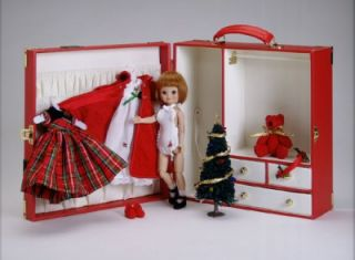 tonner tiny betsy mccall christmas trunk set nrfb