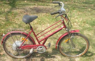 VINTAGE ELECTRIC BICYCLE GREAT FOR BIKE TRAILS HAS A HIDDEN MOTOR