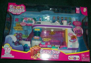 New in Box Blip Toys Squinkies Cruise SHIP Surprize Playset