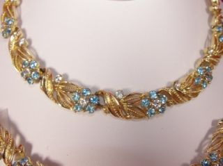 Vtg LISNER Gold Aqua Blue & Crystal Rhinestone Flower Necklace