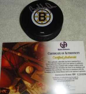 Bobby Orr Signed Boston Bruins Logo Hockey Puck w GAI Authentication