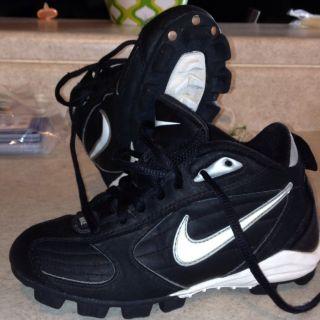 Nike Youth Football Baseball Cleats Size 13