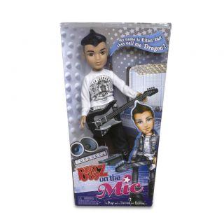 New in Box 2011 Bratz on The Mic Boyz Doll Eitan