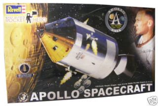 Revell x Monogram Buzz Aldrin Apollo Spacecraft Capsule Model Kit 1 32