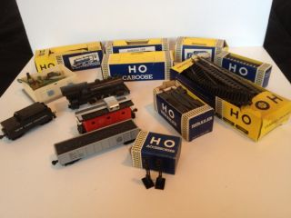 Rare Vintage Marx 999 HO Battery Powered Steam Train Set w Boxes